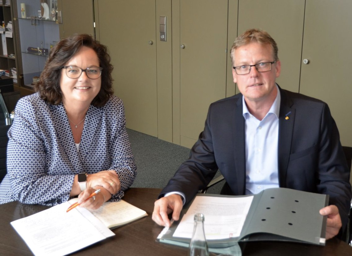 Antrittsbesuch bei Bürgermeister Peter Lüttmann in Rheine
