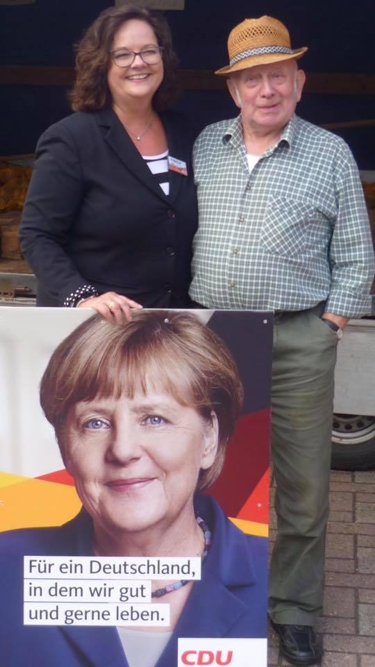 Infostand auf dem Emstorplatz in Rheine