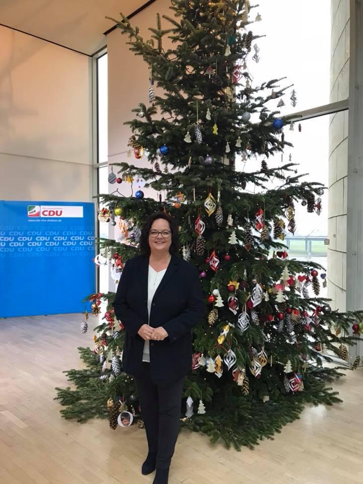 Vorweihnachtliche Stimmung vor dem CDU-Fraktionssaal
