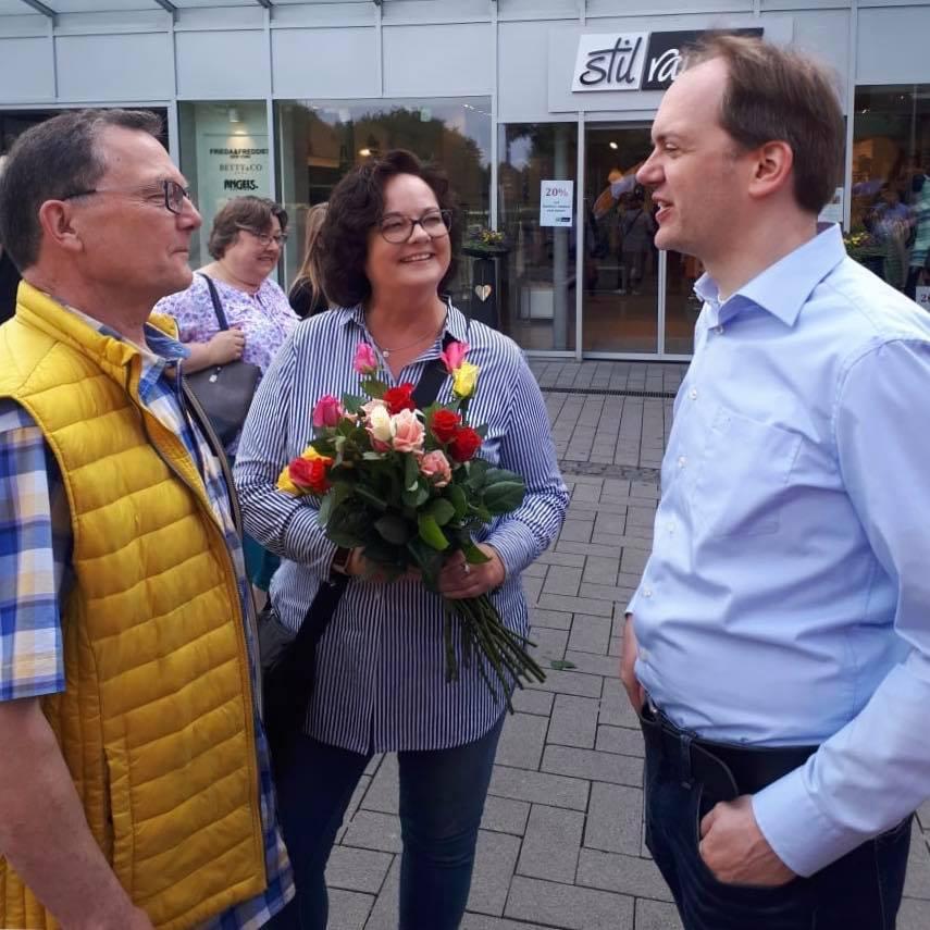 Rosen zum Muttertag – eine schöne Tradition der CDU Emsdetten und der CDU Rheine