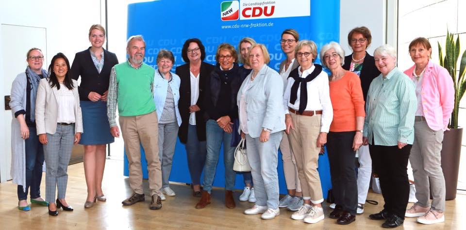 Besuchergruppe aus Steinfurt zu Gast im Düsseldorfer Landtag