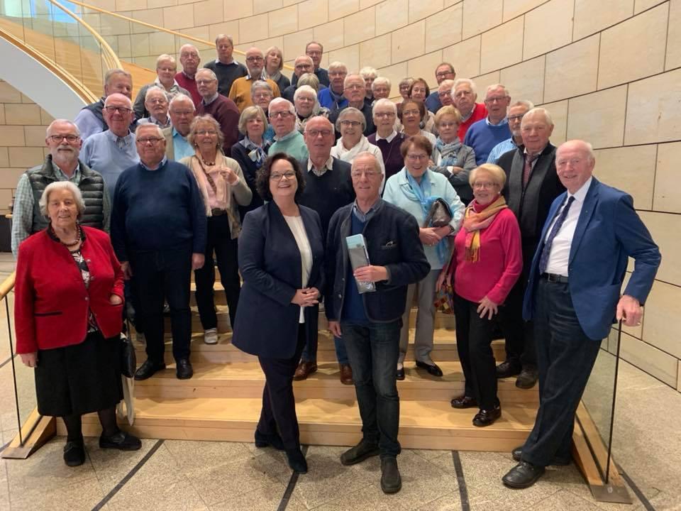 Besuchergruppe der Senioren Union Emsdetten zu Gast im Düsseldorfer Landtag