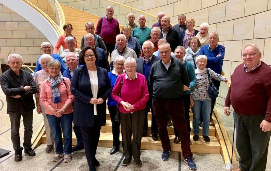 Besuch von der Senioren Union Saerbeck zu Gast im NRW-Landtag