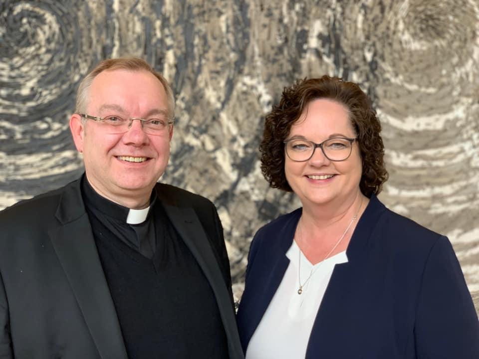 Weihbischof Dr. Christoph Hegge zu Gast beim Kolping-Stammtisch im Landtag