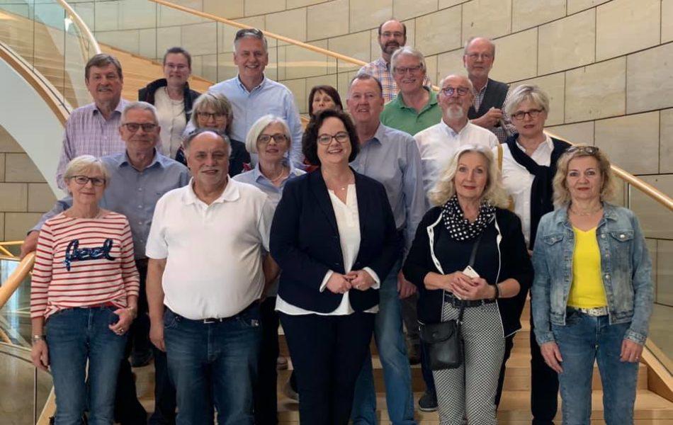 Besuchergruppe der Emsdettener Golffreunde zu Gast im Düsseldorfer Landtag