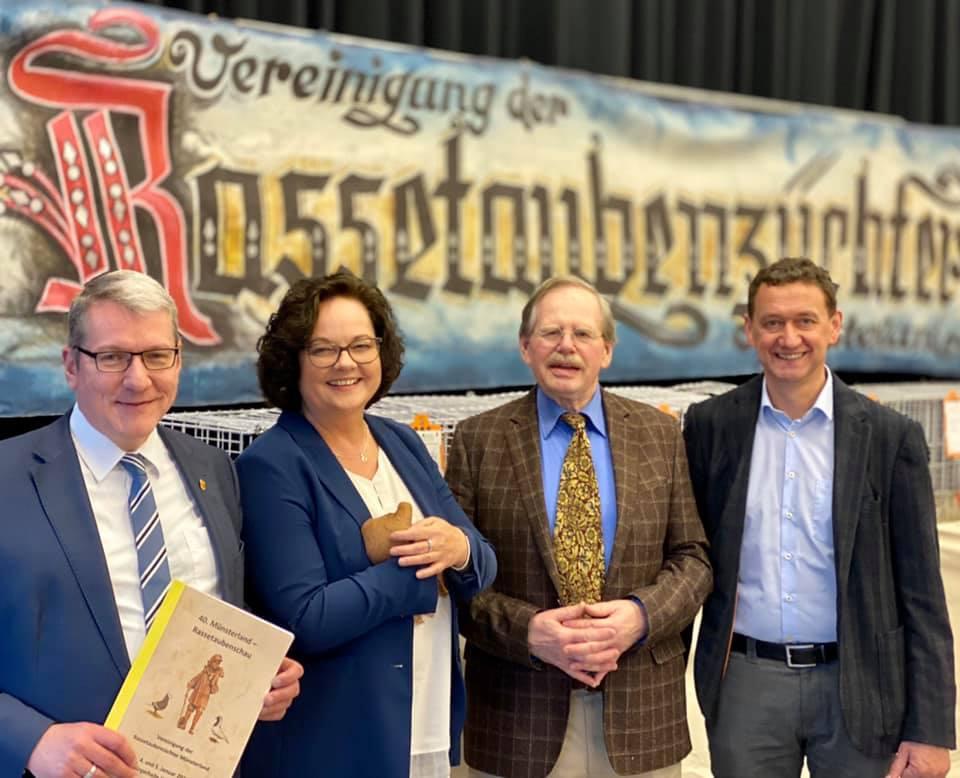 Münsterland-Rassetaubenschau in Wettringen