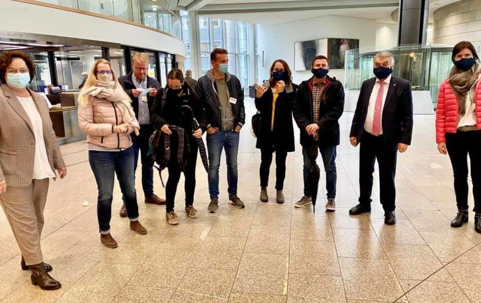 Besuch von Polizeibeamten im Landtag