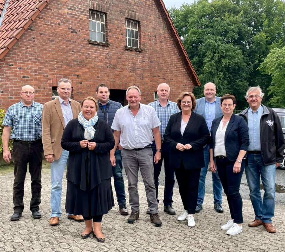 Gespräch mit NRW-Landwirtschaftsministerin in Ladbergen