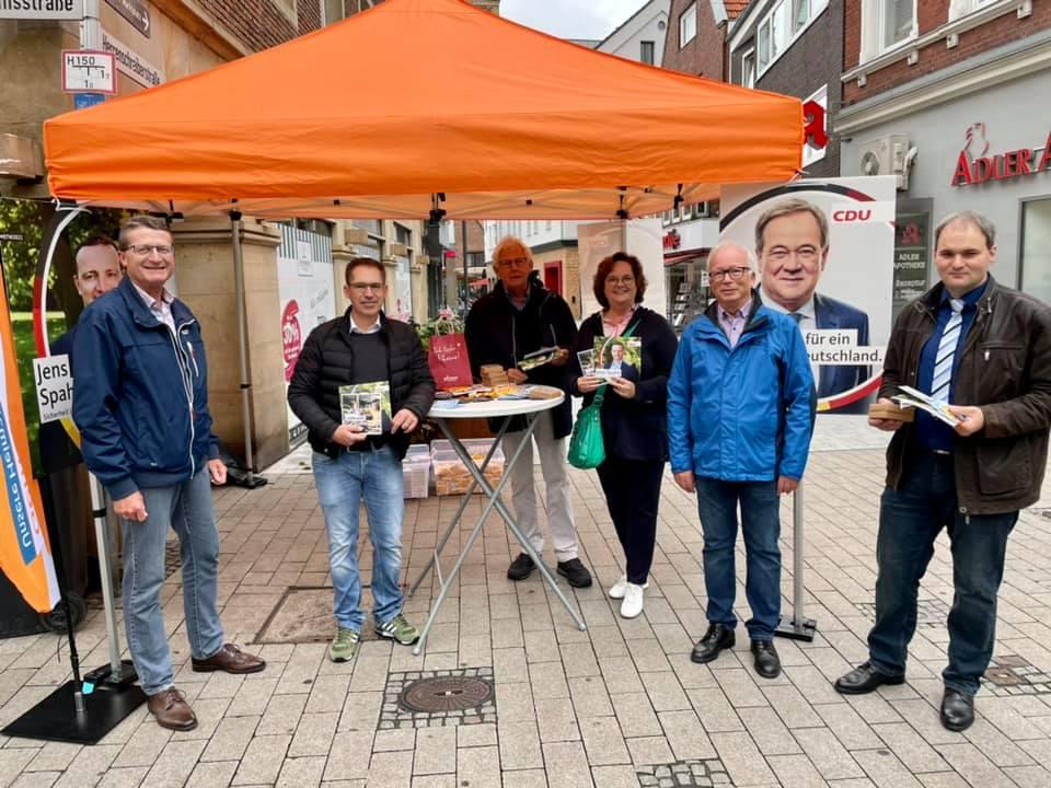 Infostand der CDU Rheine in der Fußgängerzone